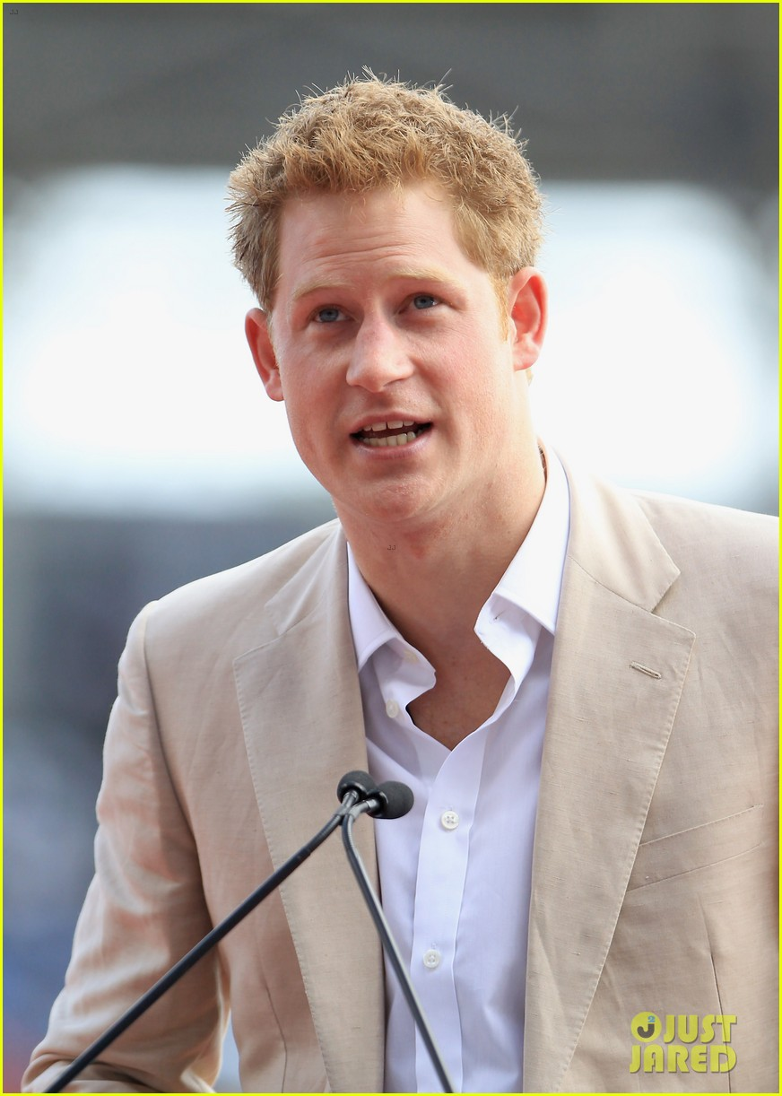 prince harry youth rally bahamas 02
