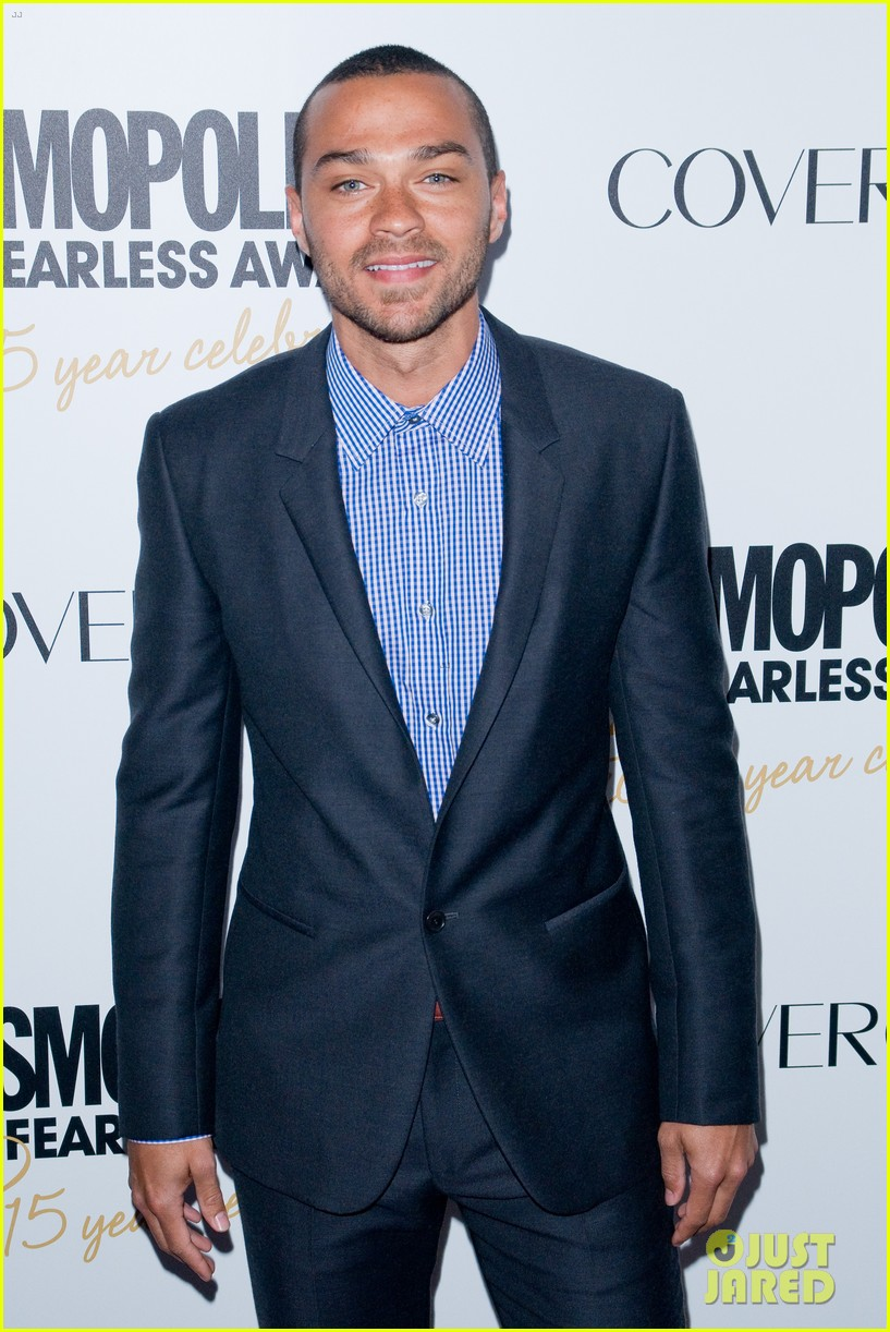 liam hemsworth jesse williams cosmo fun fearless awards 04
