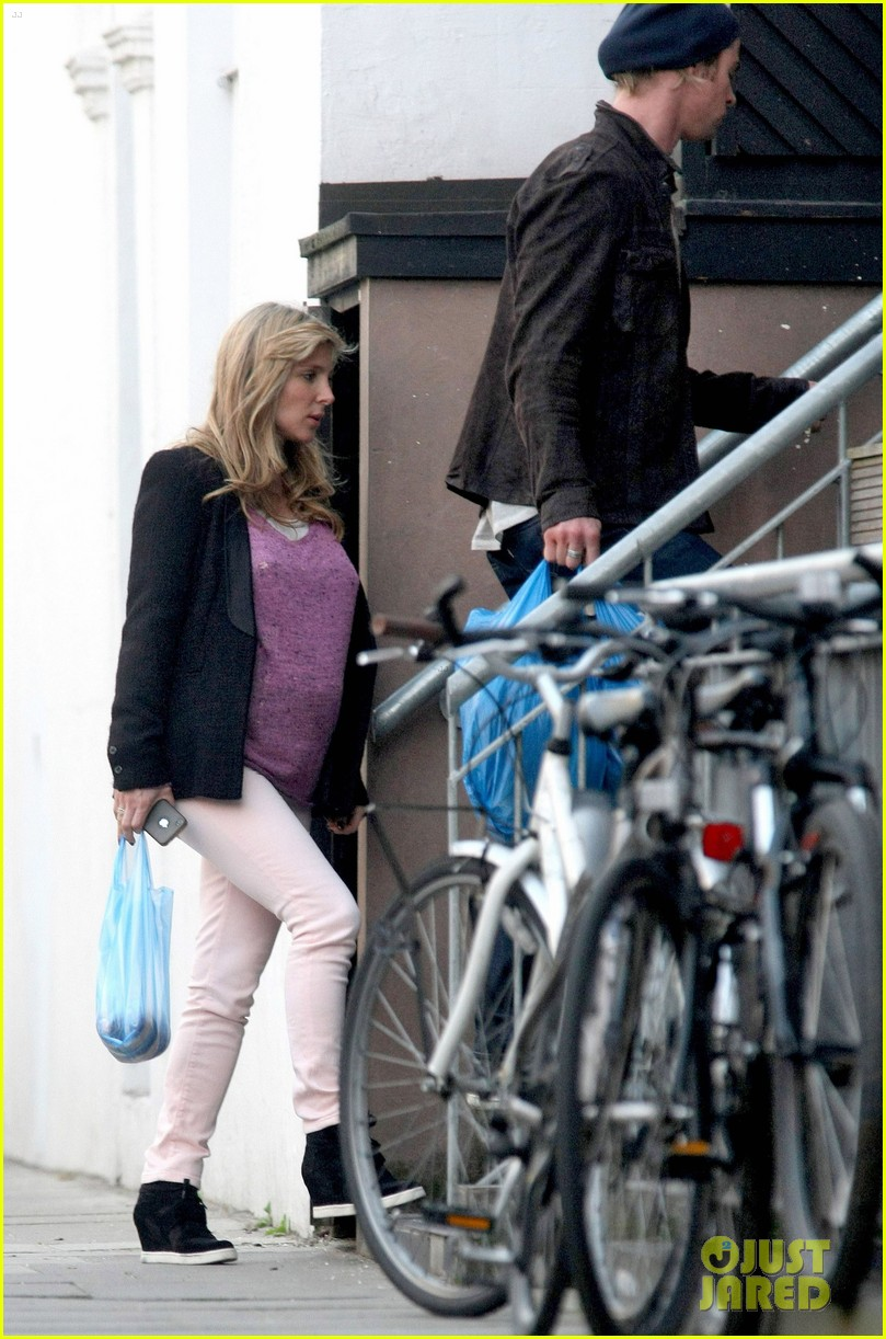chris hemsworth elsa pataky market mates 05
