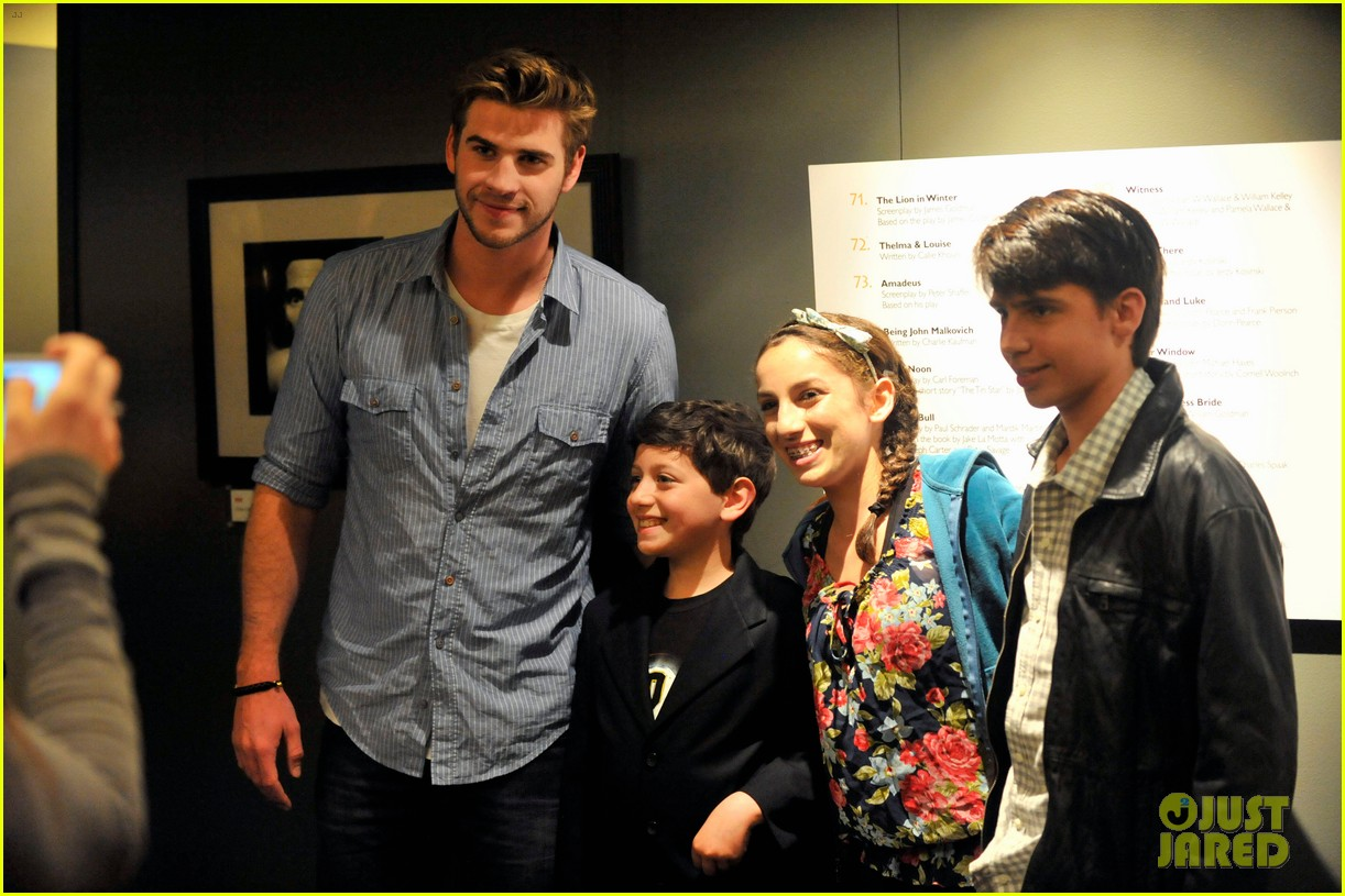 liam hemsworth australians film screening 06