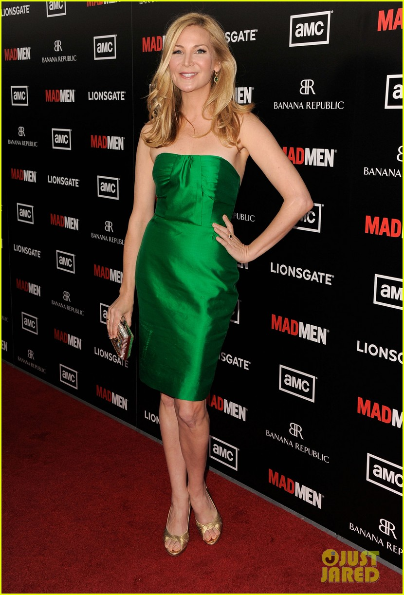 january jones jon hamm mad men premiere 032639060