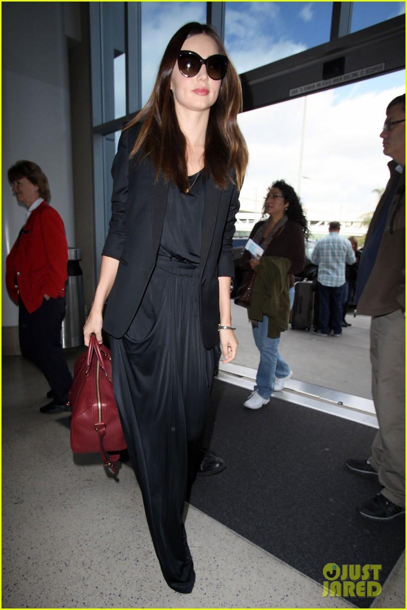 miranda kerr lax black outfit 06