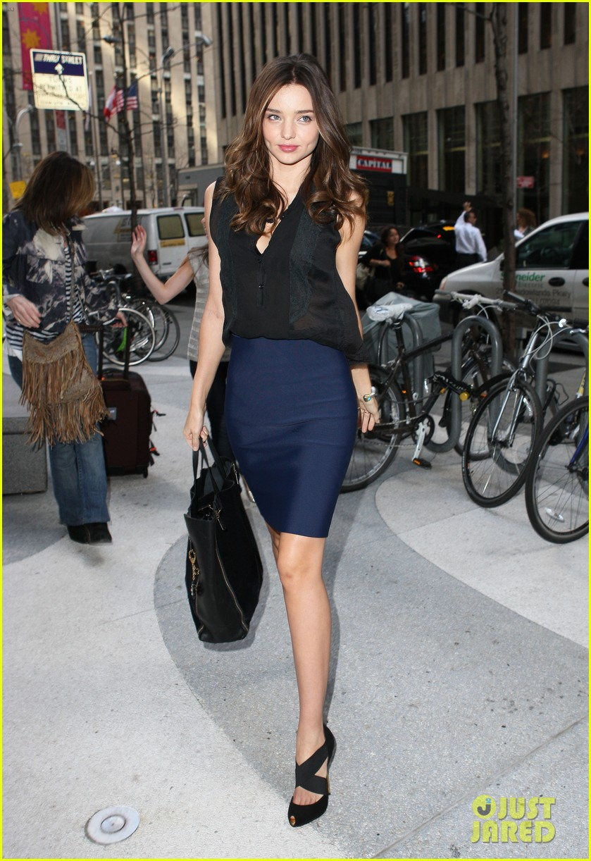 miranda kerr midtown building 03