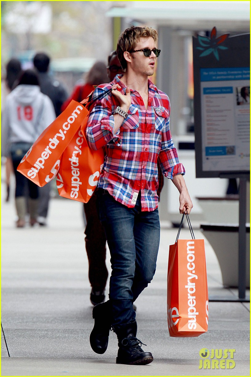 ryan kwanten superdry 04