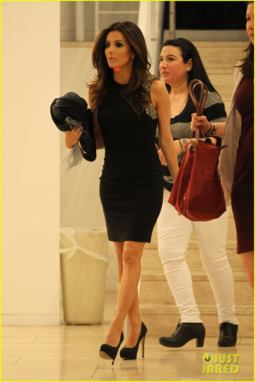 ... eva longoria birthday victoria beckham 11 | Photo 2639590 | Just Jared Victoria Beckham
