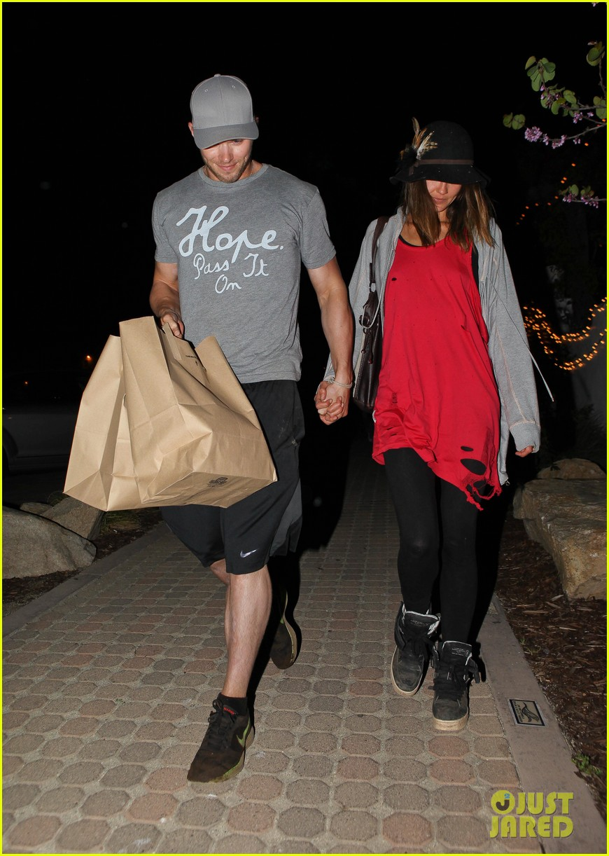 kellan lutz sharni vinson date night 03
