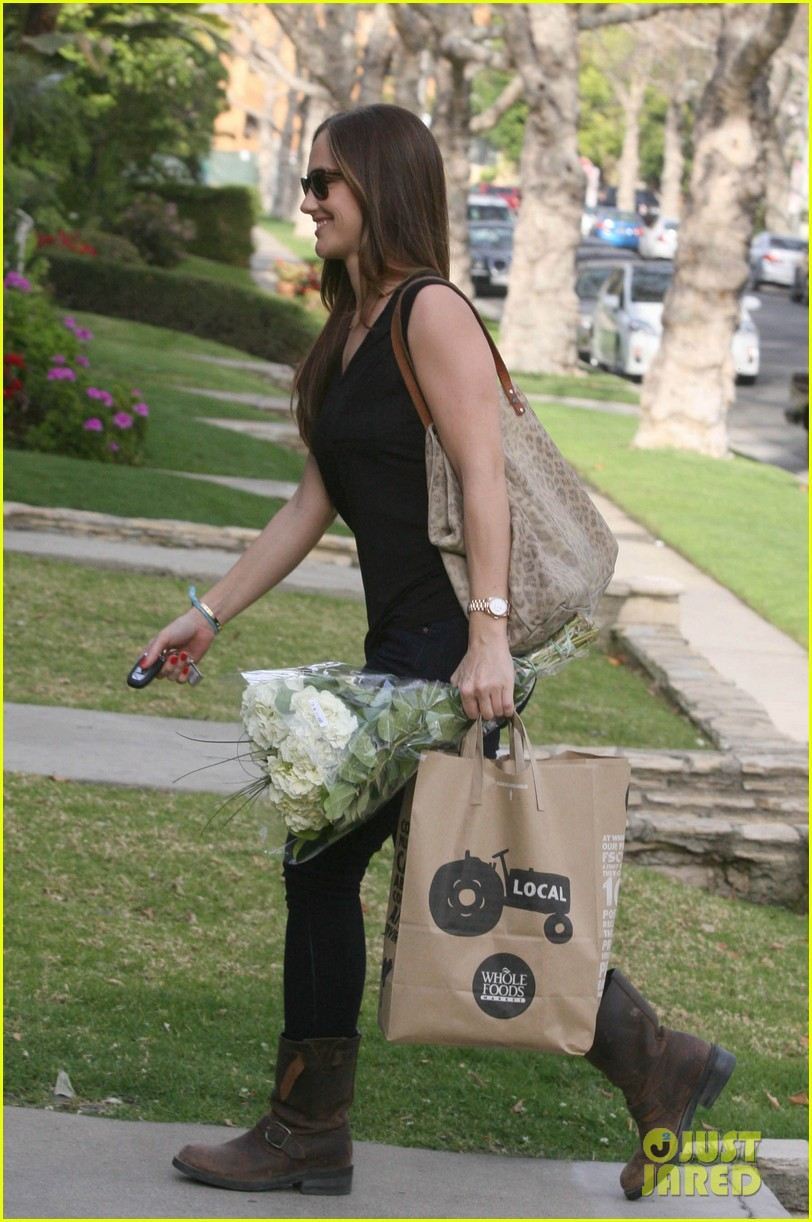 minka kelly whole foods 06