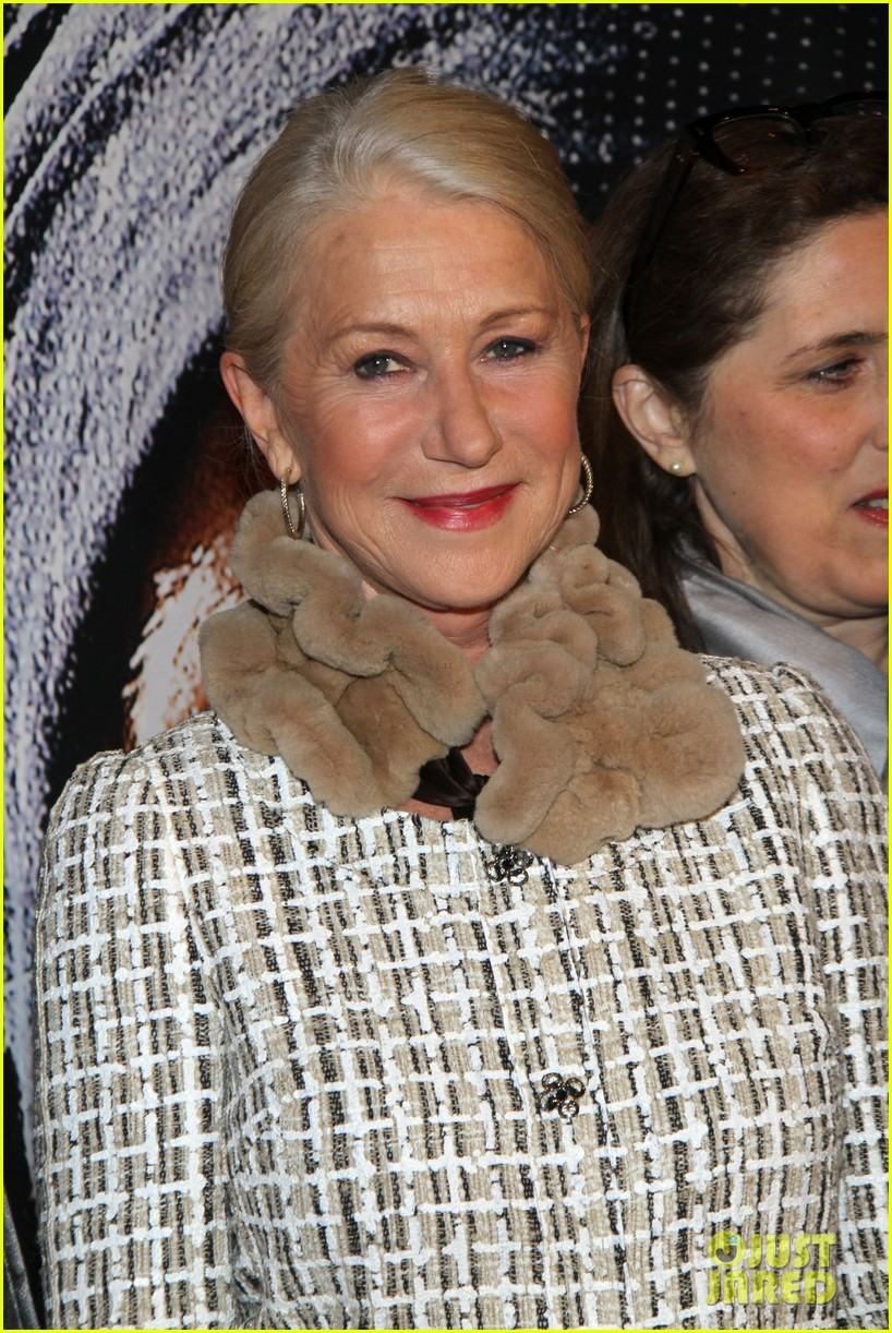 helen mirren door berlin premiere 022637633