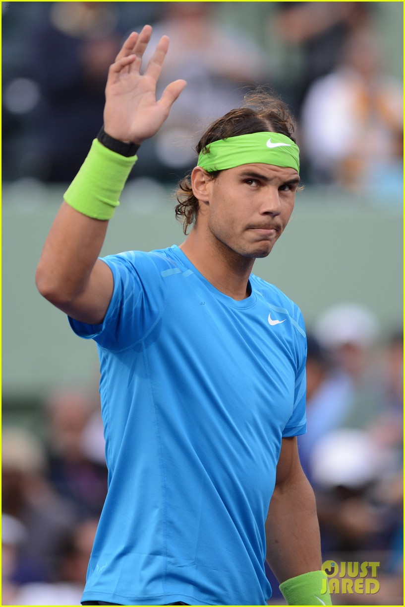 rafael nadal shirtless at the sony ericsson open 02