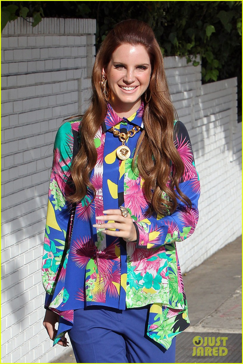lana del rey colorful photo shoot 05