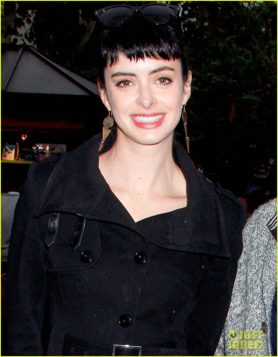 krysten ritter brian geraghty shopping at the grove 042640085