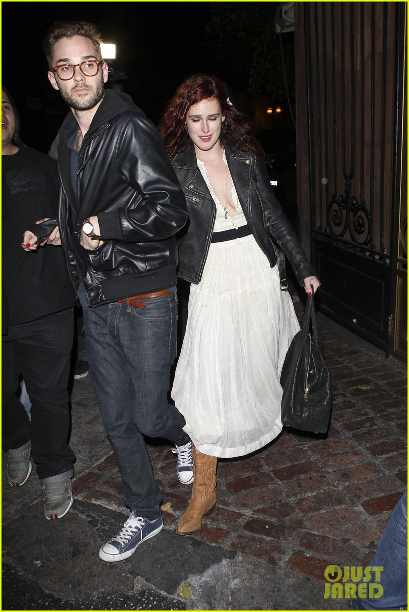ashton kutcher rumer willis club 04
