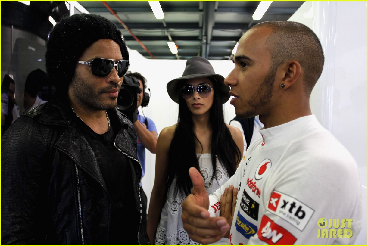 nicole scherzinger formula one grand prix with lewis hamilton 06
