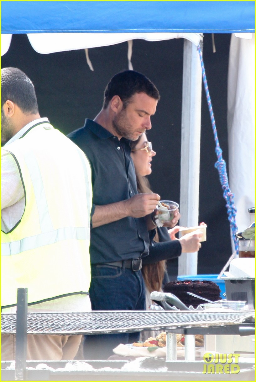 liev schreiber lunch break on set 11