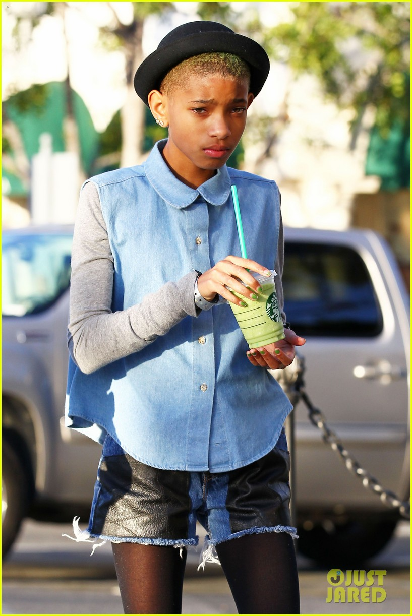 willow smith commons at calabasas trip 02