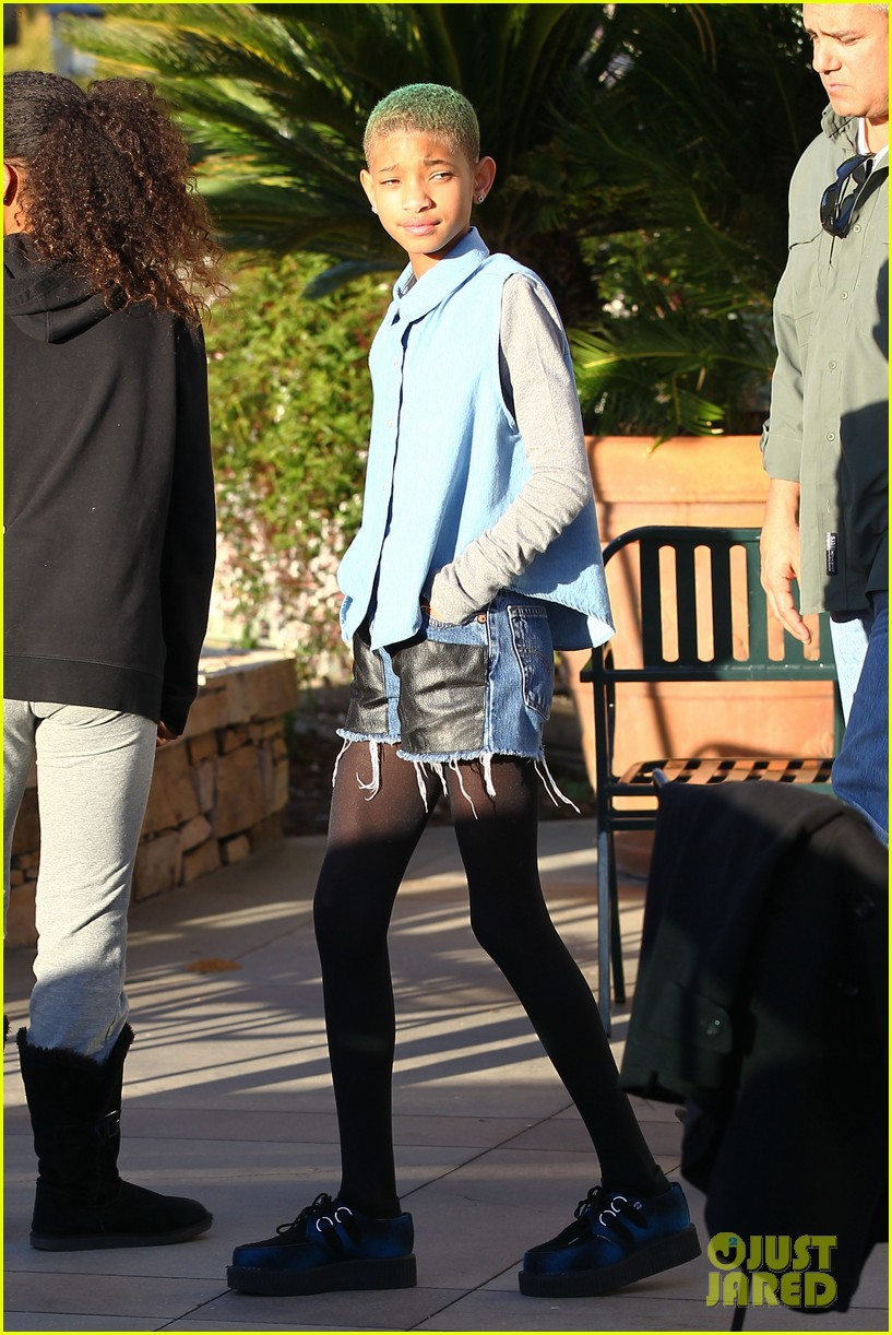 willow smith commons at calabasas trip 04