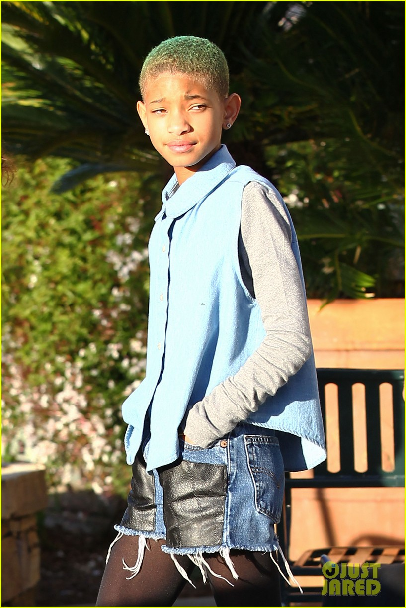 willow smith commons at calabasas trip 102640870