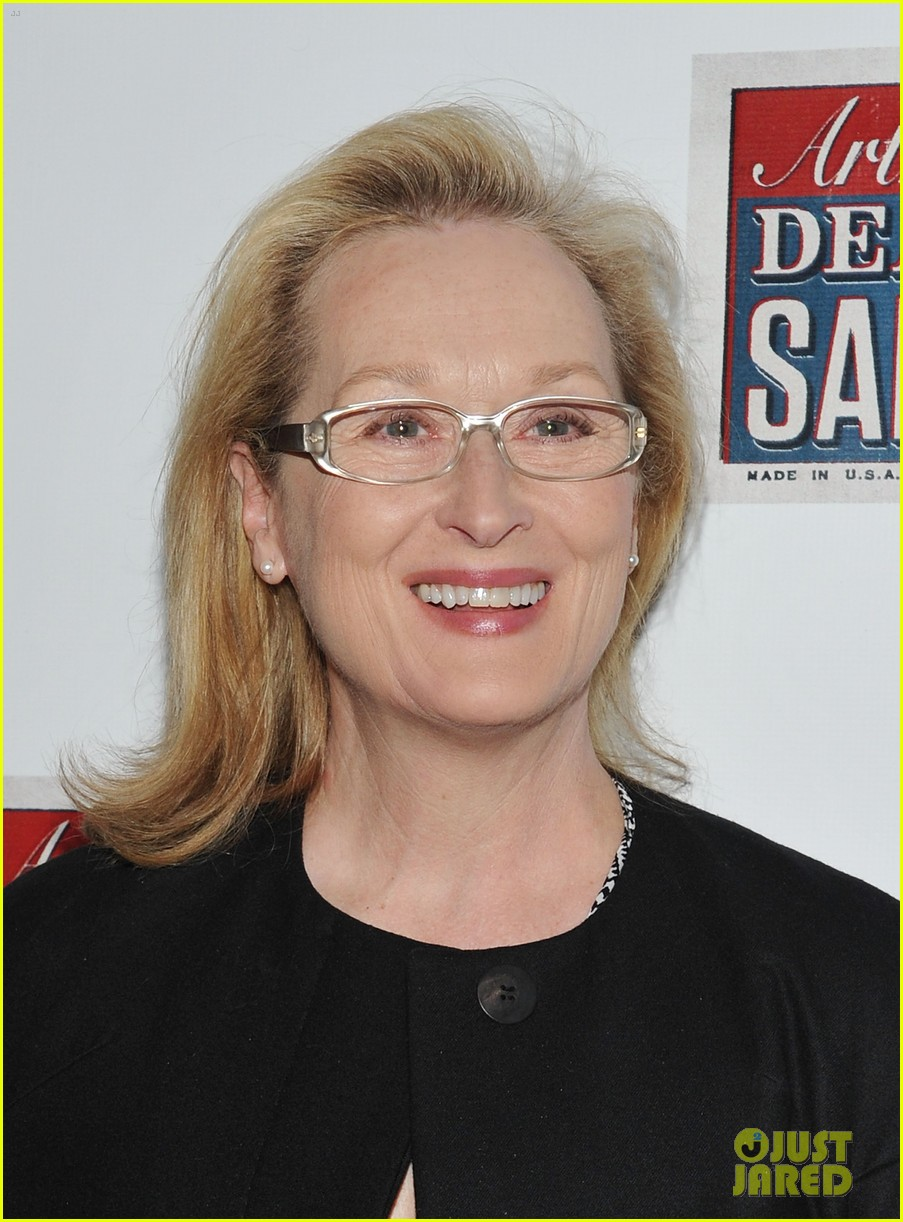 meryl streep julianne moore death salesman 01