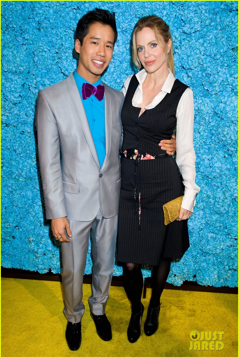 tom felton just jared 30th birthday bash 07