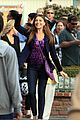 sofia vergara modern family disneyland 02