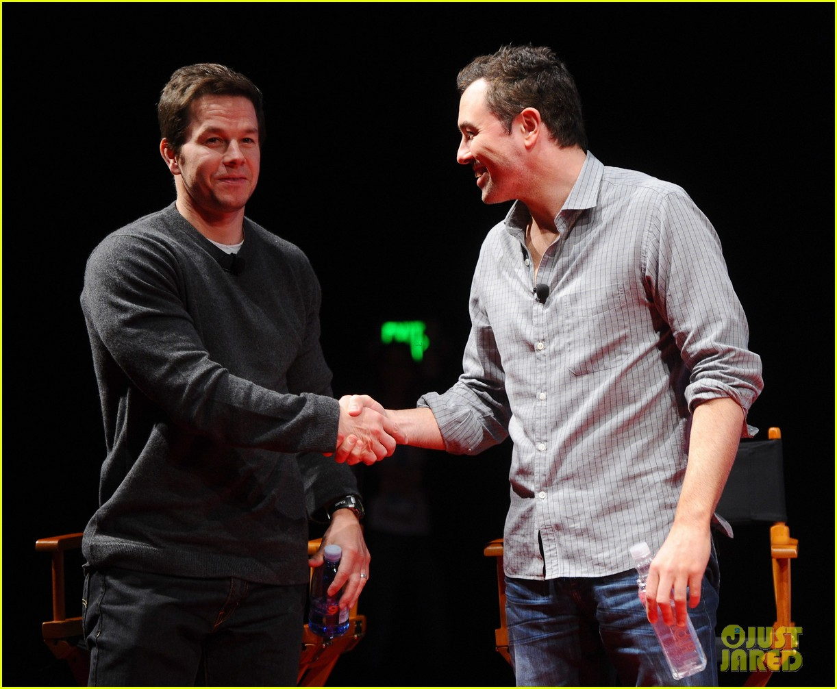 mark wahlberg a conversation with seth macfarlane 012638226
