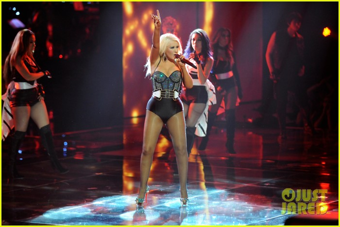 christina aguilera fighter the voice 022650039
