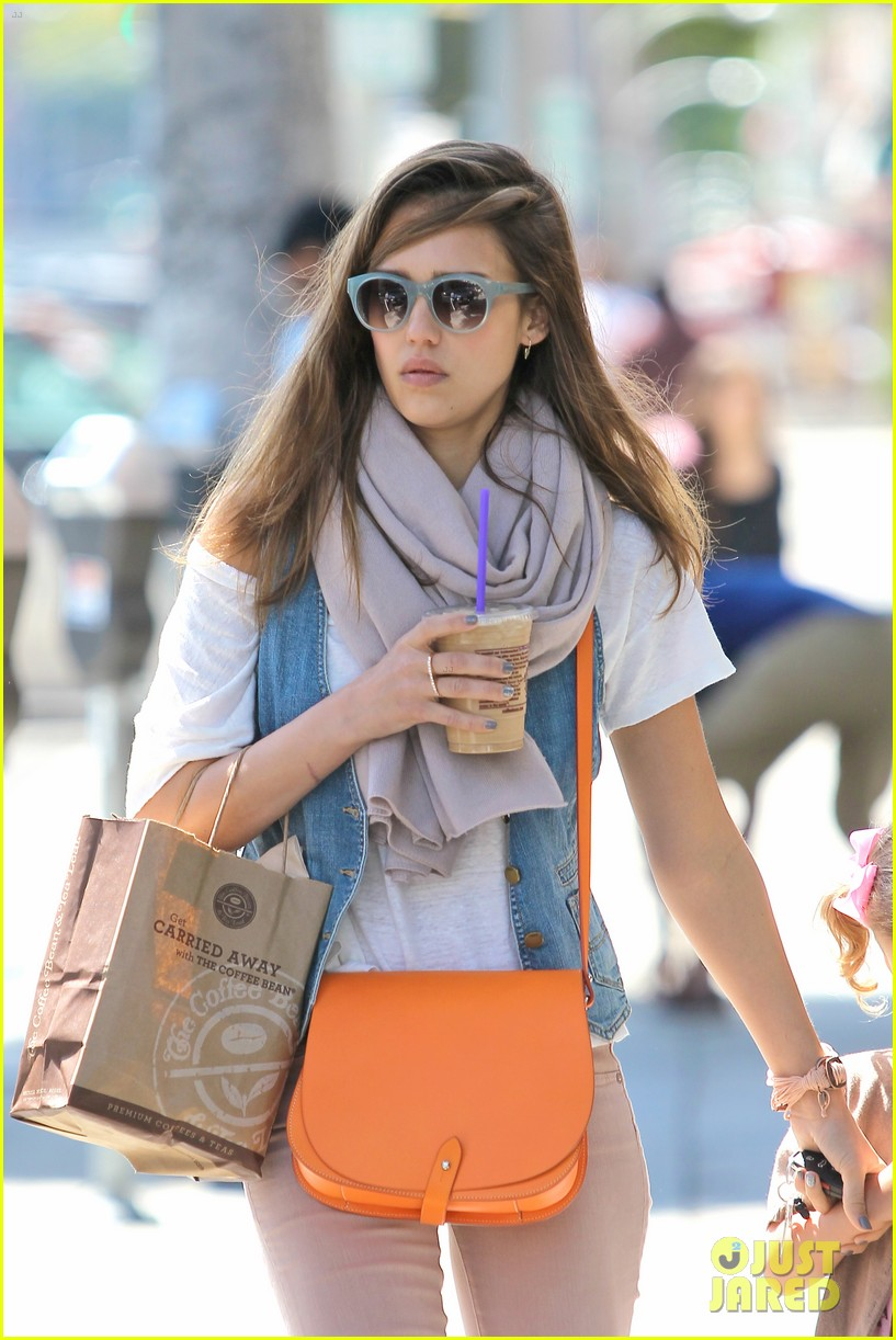 jessica alba honor coffee 04