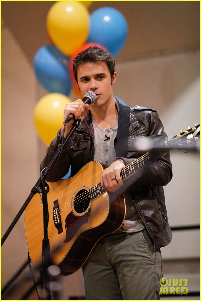 kris allen vh1 save the music foundation benefit 02