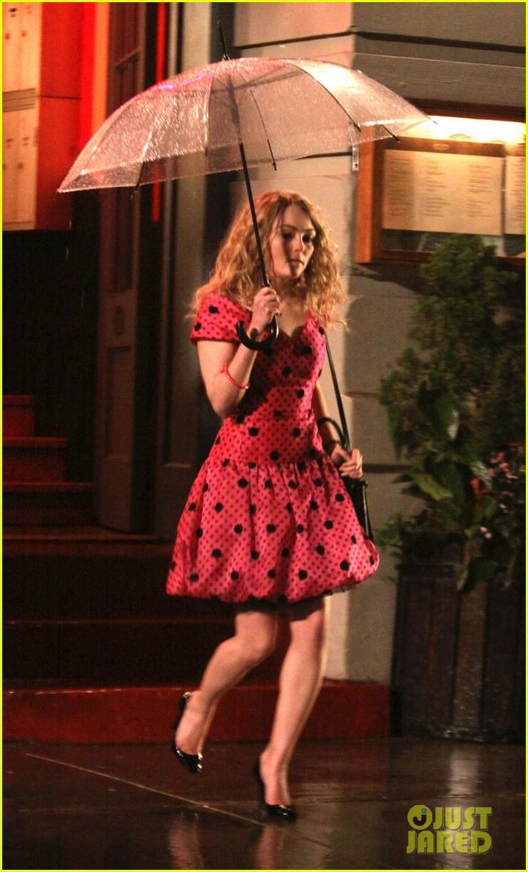 Carrie Bradshaw Fashion on The Carrie Diaries | AnnaSophia ...