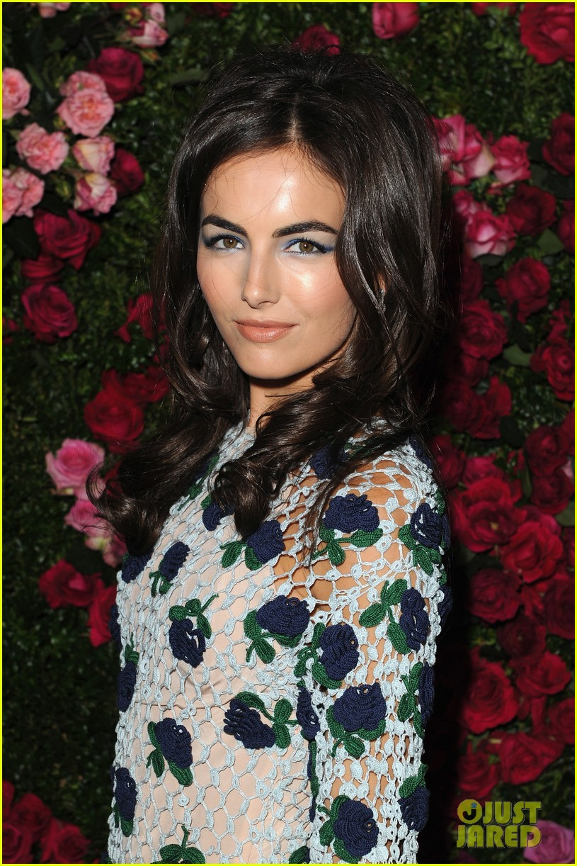 camilla belle kellan lutz chanel artist dinner 02