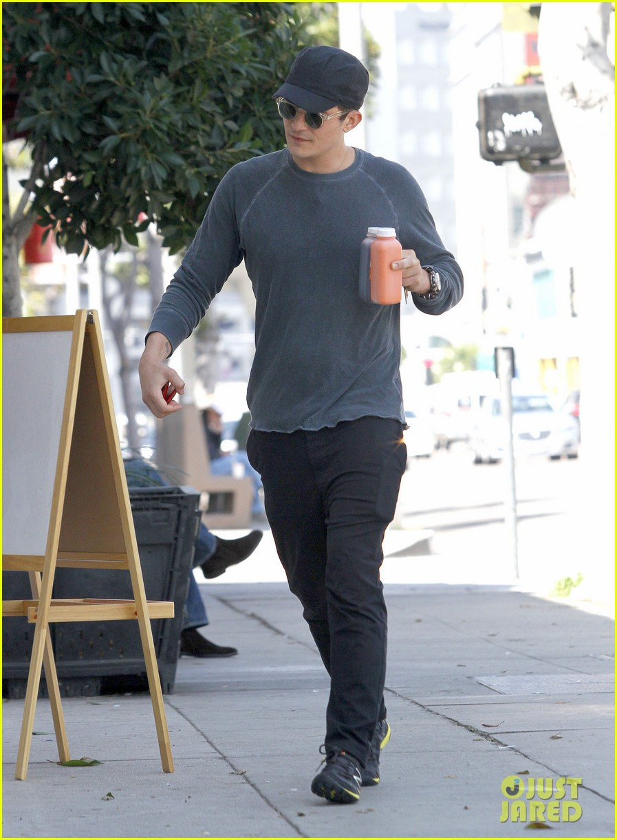 orlando bloom gym juice 04
