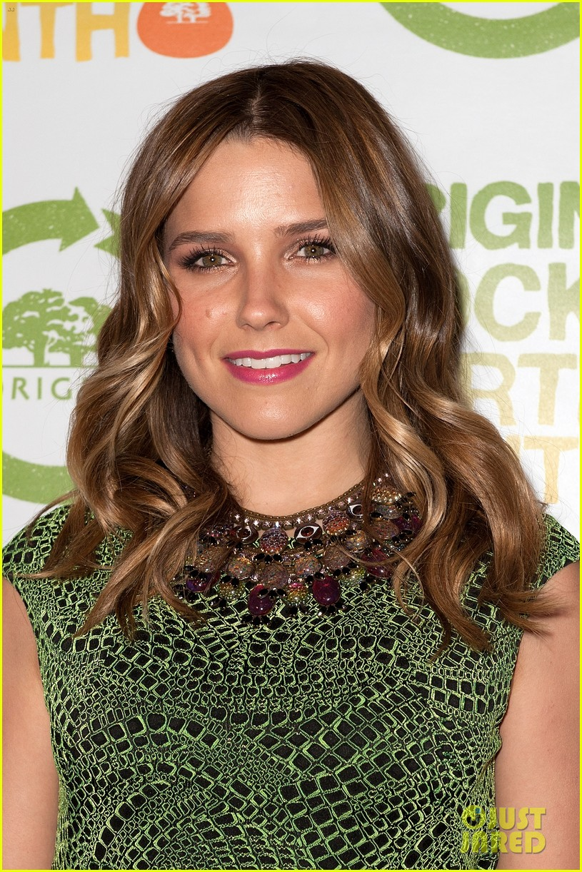 sophia bush origins rocks earth month concert 01