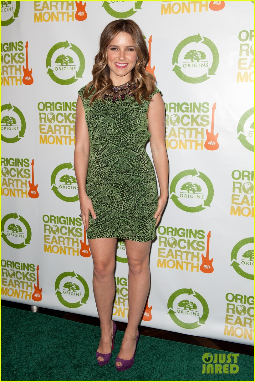 sophia bush origins rocks earth month concert 022650796
