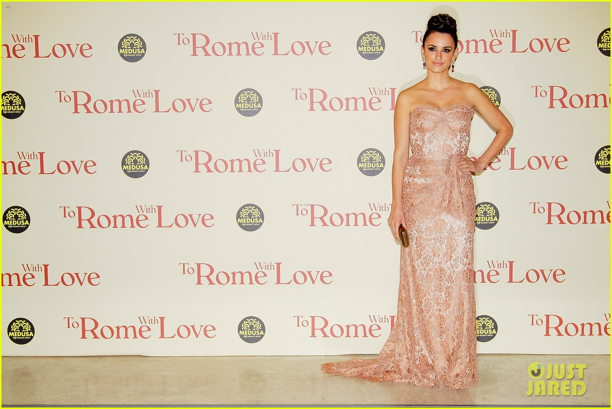 penelope cruz rome with love premiere 052648620