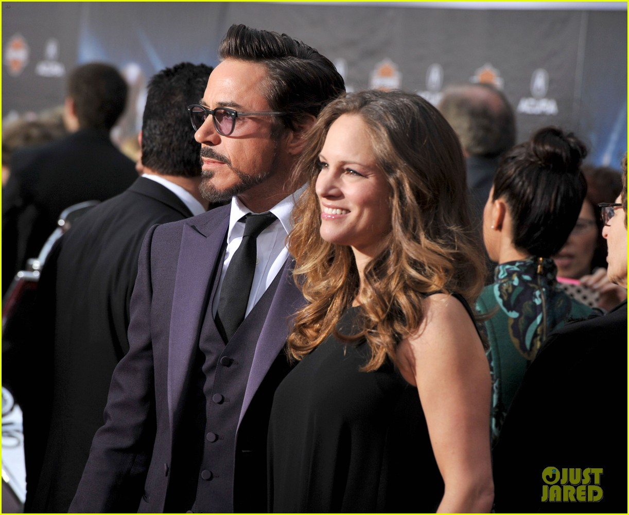 robert downey jr avengers premiere with wife susan 12