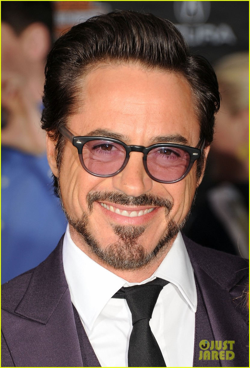 robert downey jr avengers premiere with wife susan 15