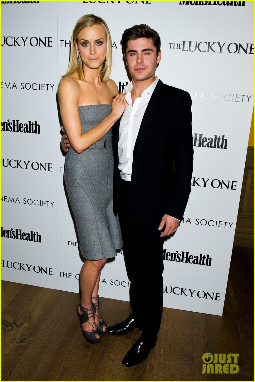 zac efron lucky one nyc screening with taylor schilling 03