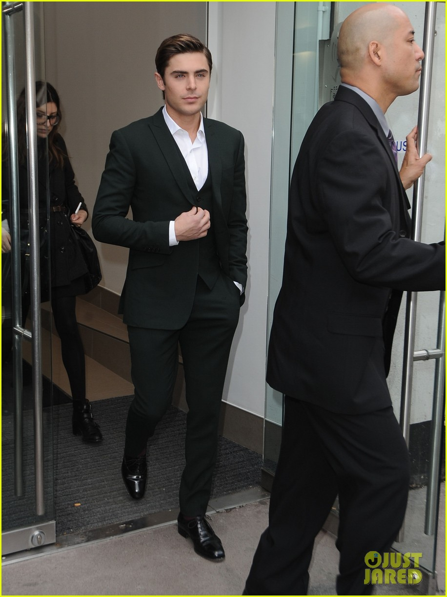 zac efron suit london 05