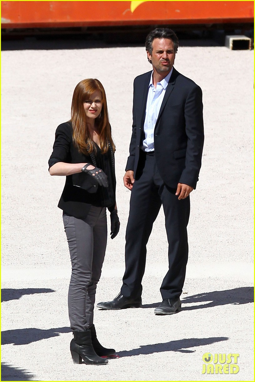 isla fisher now you see me with woody harrelson 02