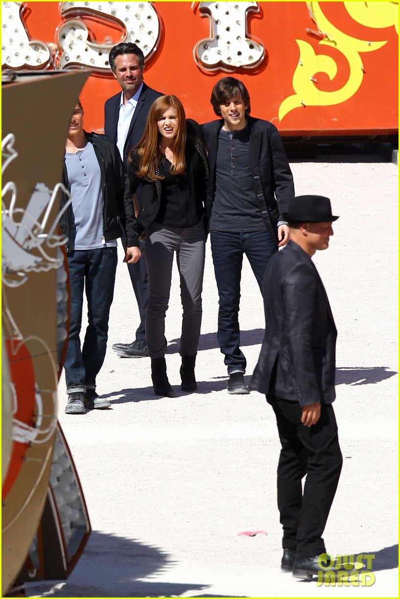 isla fisher now you see me with woody harrelson 05