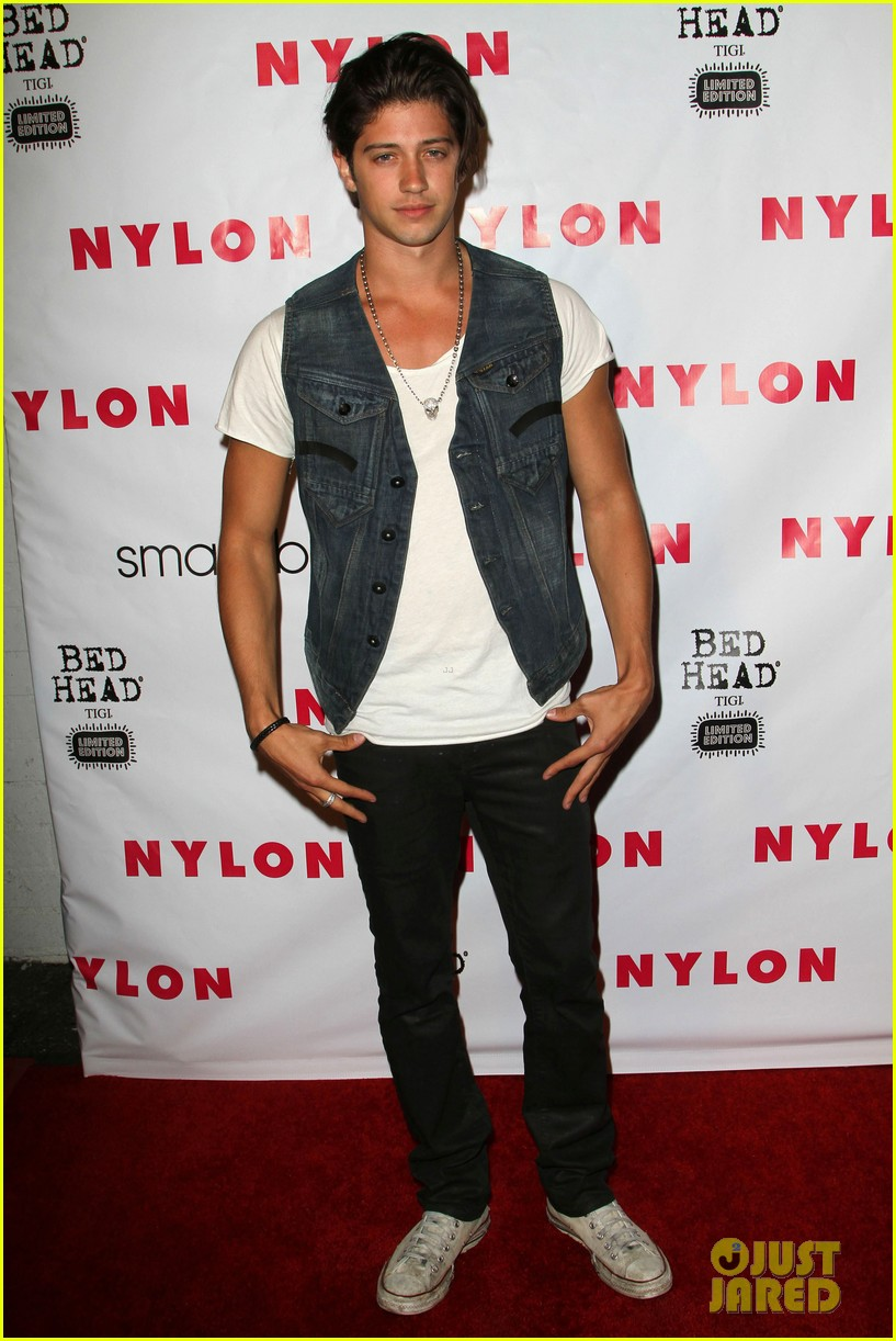 chris galya shirtless 05