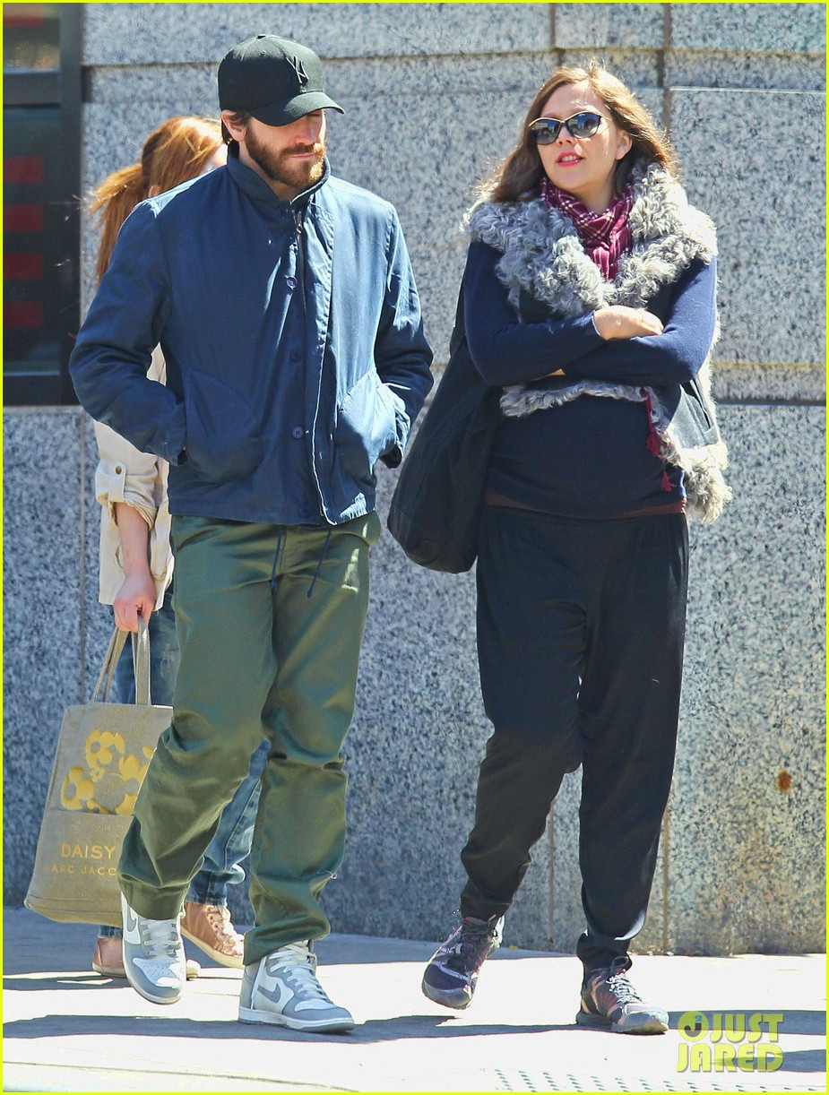 jake gyllenhaal lunch with maggie 04