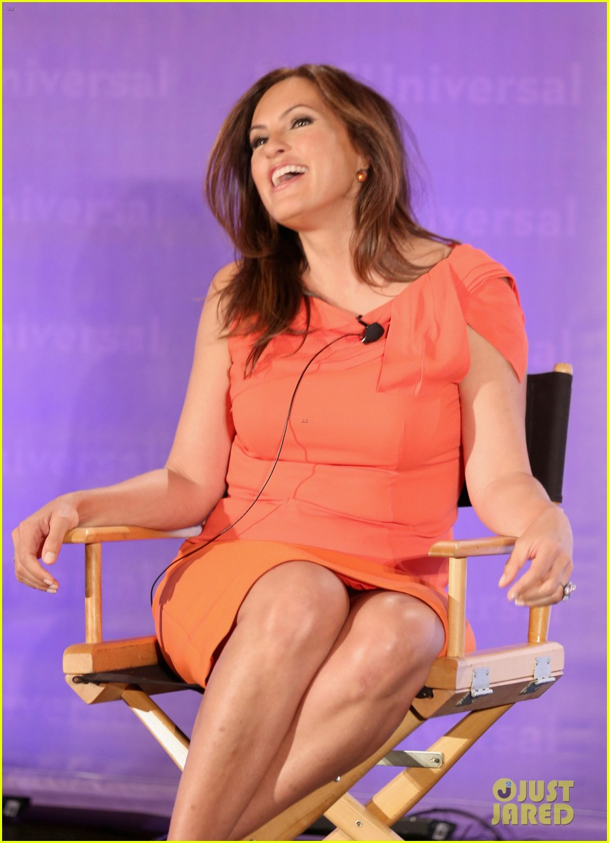mariska hargitay jenny mccarthy nbc press day 092650549