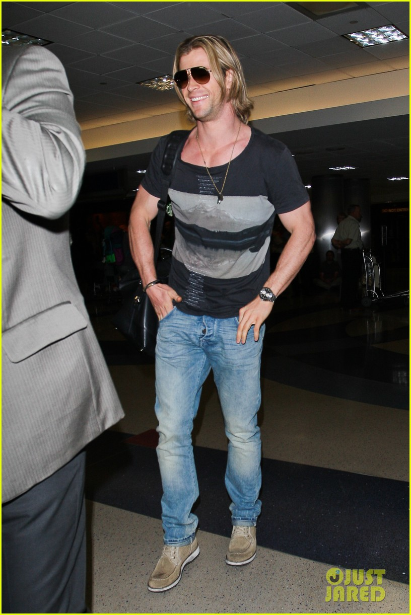 chris hemsworth cabin in the woods screening 09