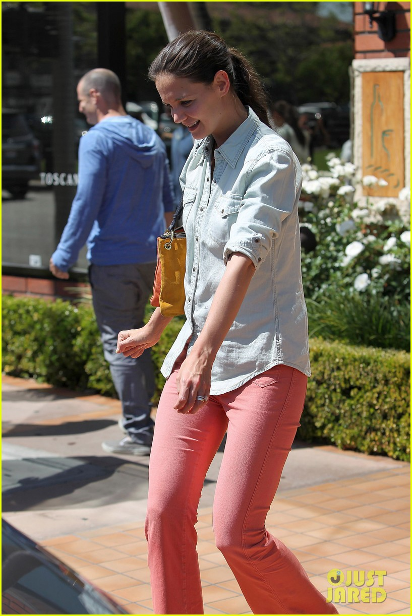 katie holmes toscana lunch 02