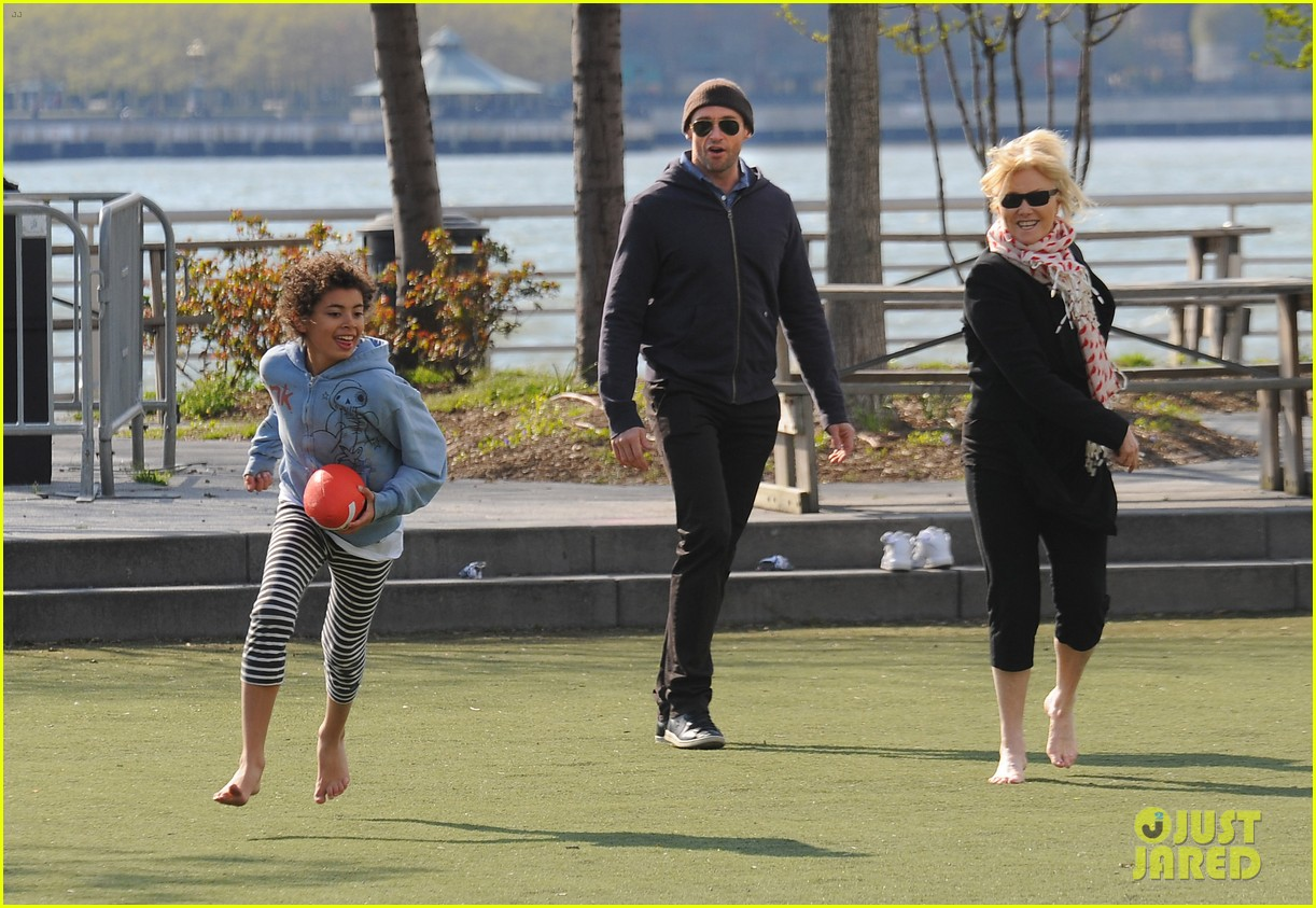 hugh jackman football family 07