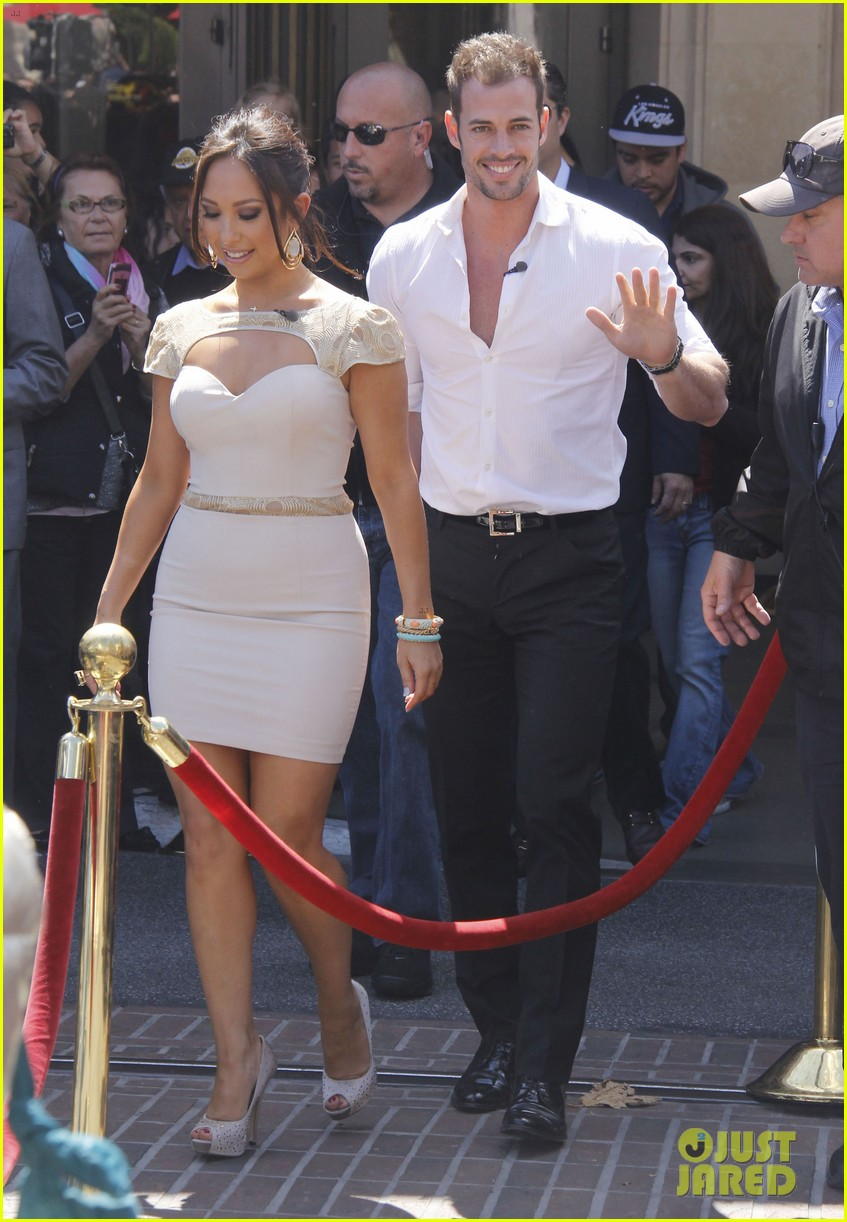 ashley judd william levy extra at the grove 02