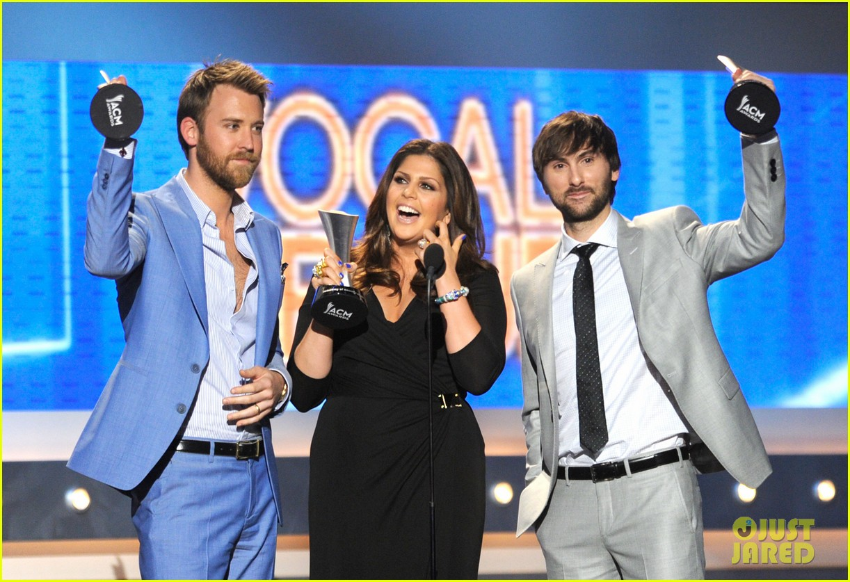 lady antebellum acm awards 06