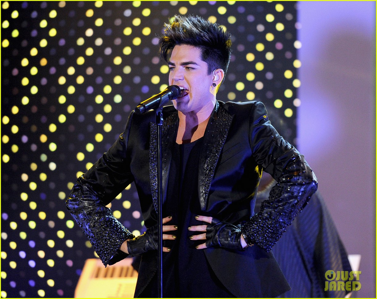 adam lambert logo newnownext awards 012645820