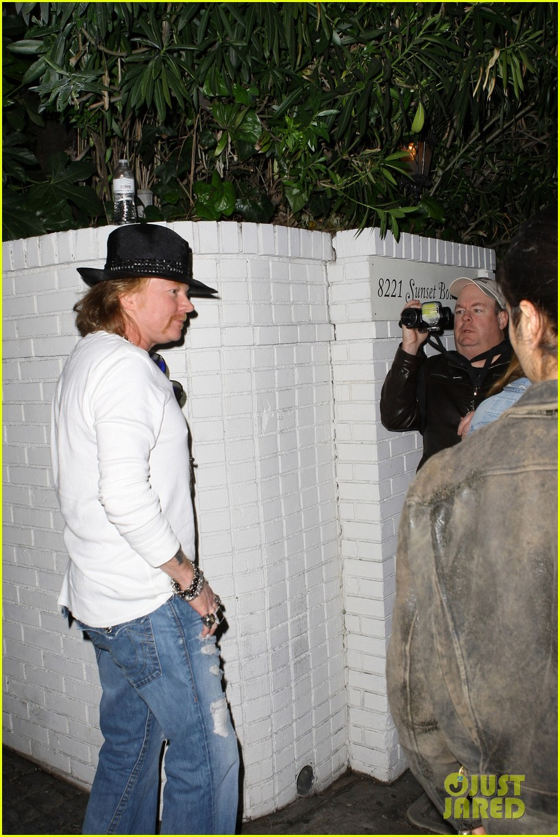lana del rey axl rose chateau marmont 10